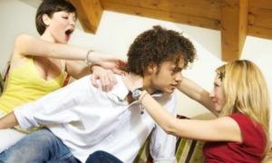 girl-fight-over-man