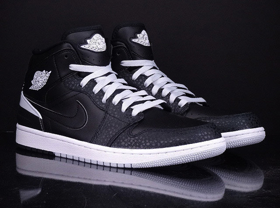 air-jordan-1-retro-86-pure-platinum-release-date