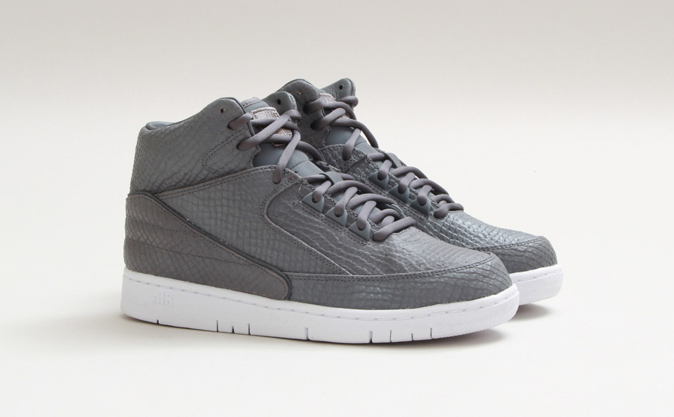 nike-air-python-sp-cool-grey-1