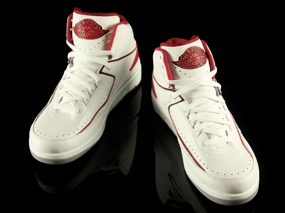 white-red-jordan-2-retros