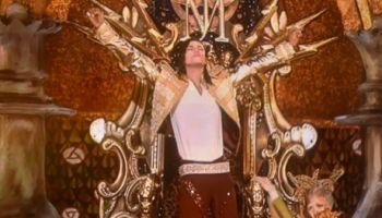 Michael Jackson's Hologram Performs At Billboard Awards (Video)