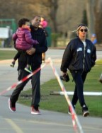Beyonce, Jay Z & Blue Ivy FAMILY OUTING Turns Into a Photoshoot! (Photos)