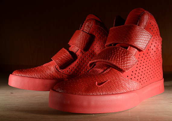 nike-flystepper-2k3-gym-red-01