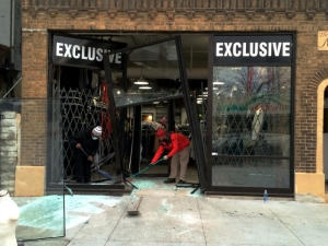 WCPO_Exclusive_store_smash_and_grab_1419257123537_11586310_ver1.0_640_480