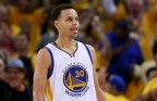 Steph Curry Leaves Game After Head Collision, Comes Back And Shoots an Airball