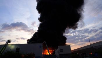Large fire am a recycling company